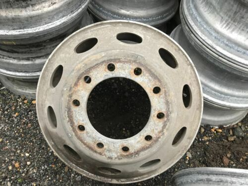 Aluminum Alcoa Peterbilt Oval Good Used Take Off 10 Hole Hub Pilot Wheel