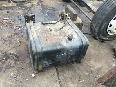 1994 Ford Cf8000 40 Gallon Passenger Side Fuel Tank 28 X 25.5 X 15.5