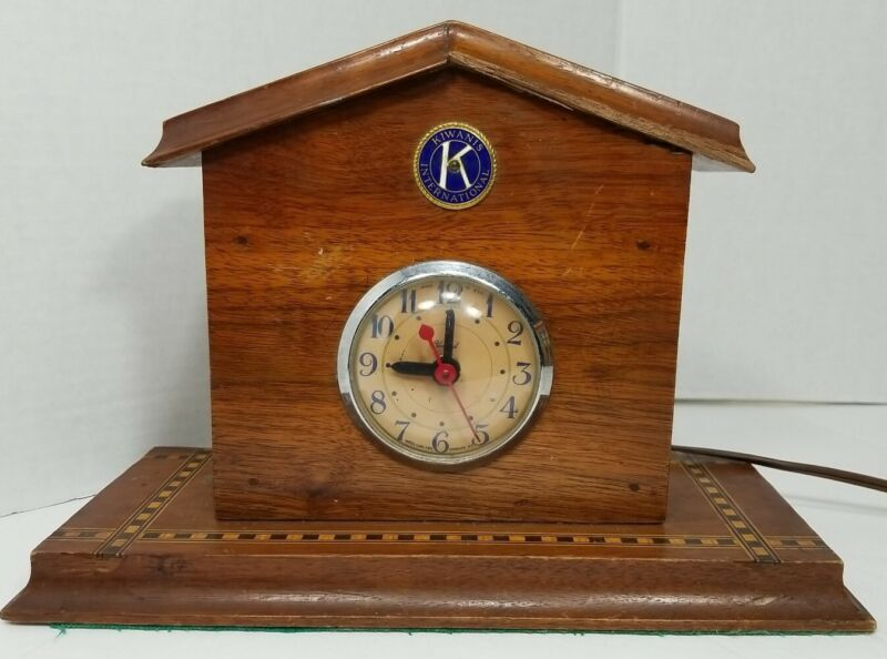Kiwanis International Clock Vintage Works!