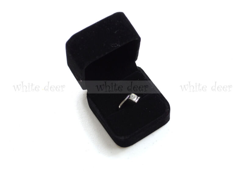 High Quality Black Velvet Ring Gift Square Box Case Jewelry Display Showcase