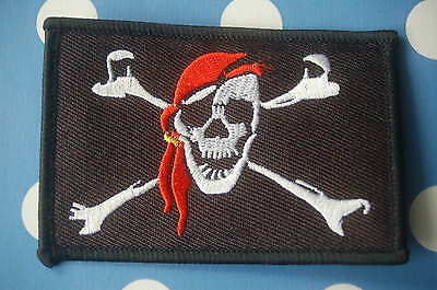 Pirat mit Kopftuch Aufnäher Aufbügler Patch Flagge