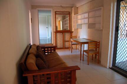 One bed room available near Murarrie station