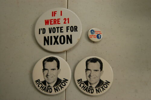 Political Pin/Button Lot of 4   Richard Nixon for President