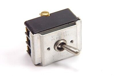 Cutler-hammer Eaton - 7604k3 - Switch Toggle. Contacts 3pdt.