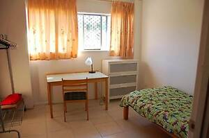One bedroom available near Murarrie station looking WHV girl Murarrie Brisbane South East Preview