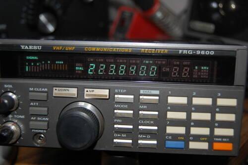 YAESU FRG-9600 RECEIVER , HAM RADIO M  POLICE BAND RECEIVER