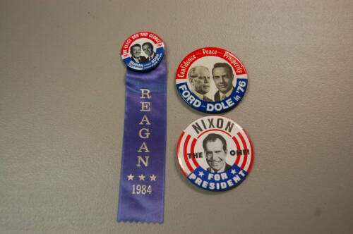 Political Pin/Button Lot of 3   Nixon Ford Reagan for President