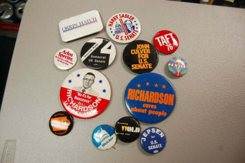 Lot of 13 Political Pins/Buttons Senate Richardson, Javits, Wold, Roth,  etc.