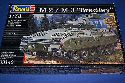 Revell 03143 M2/M3 Bradley scala 1/72