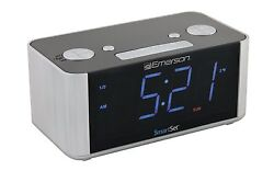 New Emerson SmartSet LED Alarm Clock FM Radio Automatic Daylight Savings USB AUX