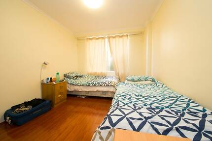 GREAT ROOM SHARE IN ULTIMO FOR ONE MALE TO SHARE