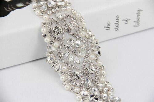 Beautiful Beaded Rhinestone Applique Belt Bridal Pearl Sash Personal Adornment