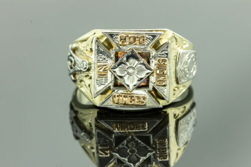 Vintage 14K Two Toned Masonic Ring