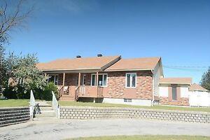 Maison - à vendre - La Plaine - 11096192