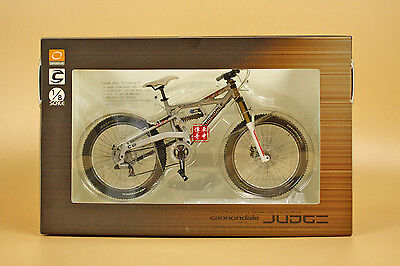 1:8 Bicycle Cannondale JUDGENDH + GIFT