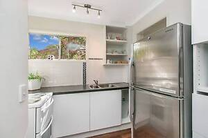 Self-contained Granny Flat close to Garden City Wishart Brisbane South East Preview