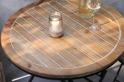 Metall-Tisch