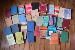 Box Vintage Educational books, Music, French, English, Geography Freemans Reach Hawkesbury Area Preview