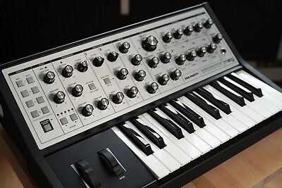 Moog Sub Phatty Synthesizer - TOP Zustand! + OVP