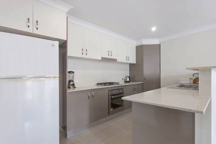 BUY THIS DUPLEX PAIR FOR $137 / WEEK Oxenford Gold Coast North Preview