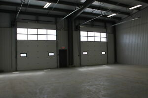 Industrial / Commercial Truck & Shop Bays for Rent in RMH