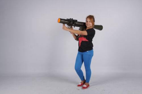 Carl Gustav M2 recoilless rifle resin replica