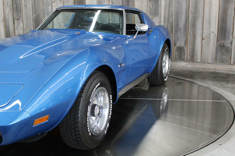 1975 Blue Chevrolet Corvette  L82   C3 Corvette Photo 10