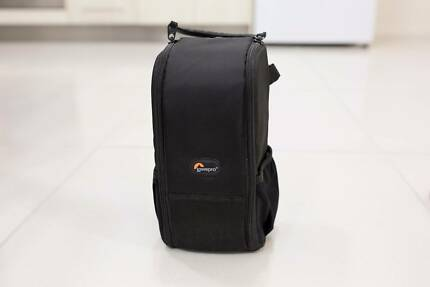 Lowepro S&F Lens Exchange Case 200 AW -MINT COND.