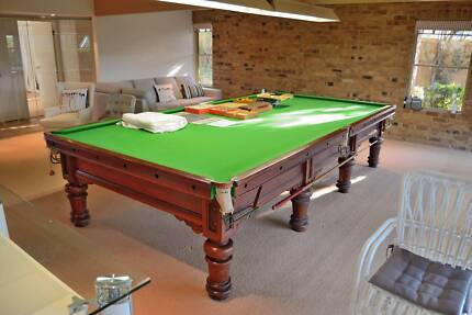 Immaculate old pool table, full size slate, little use