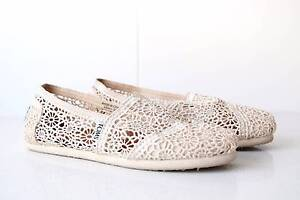 Toms Natural Moroccan Crochet Women's Classics Bronte Eastern Suburbs Preview