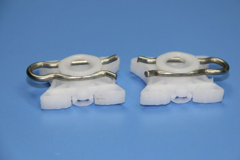 LAND ROVER WHITE WINDOW REGULATOR SLIDER PIVOT RETAINER CLIPS PACK OF 2
