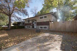 102 Mollard Cres -  Great 4 bedroom house for sale in Regina!