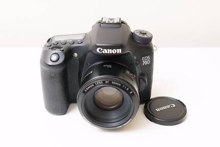 Canon EOS 70D DSLR Camera with 50mm F1.8 II Lens ~Very Good Cond
