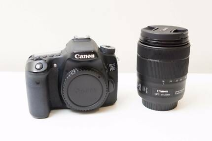 Canon EOS 70D DSLR Camera with 18-135mm F3.5-5.6 IS USM Lens