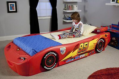 Disney - Cars Lightning McQueen Twin Bed with Lights Bedroom Toy Boys Race Car - Lightning Mcqueen Twin Bed