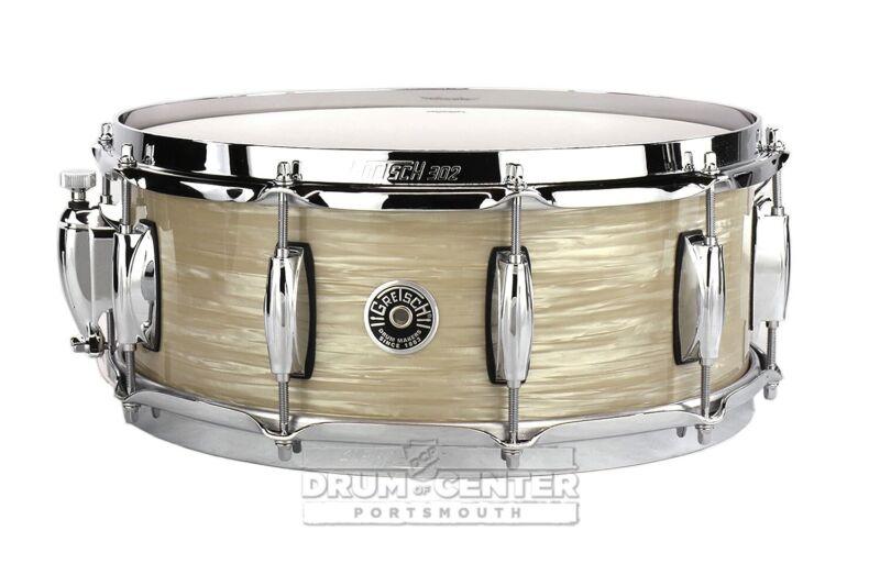 Gretsch Brooklyn Snare Drum 14x5.5 10-Lug w/ Lightning Creme Oyster