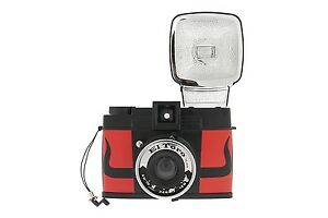 LOMO Diana F+ Kamera EL TORO Edition mit Blitz / Starter Kit / Pinhole (NEU/OVP)
