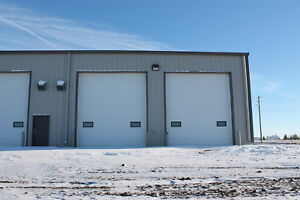 Commercial Shop / Truck Bays for Rent in Hardisty Alberta