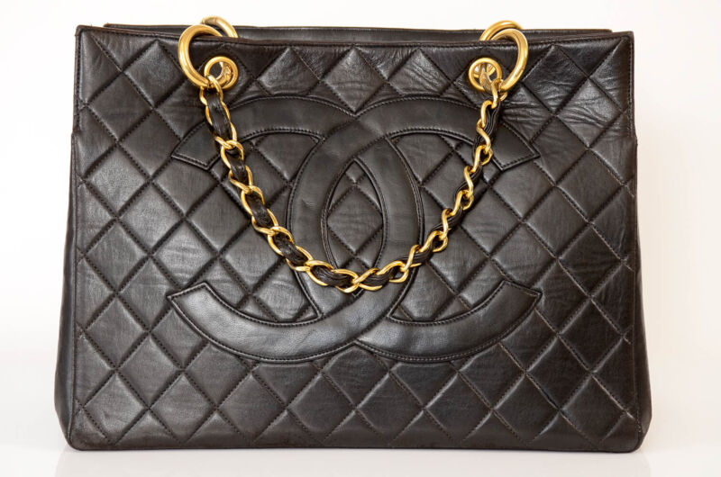 Chanel black quilted leather signature CC logo chain tote handbag purse $4650