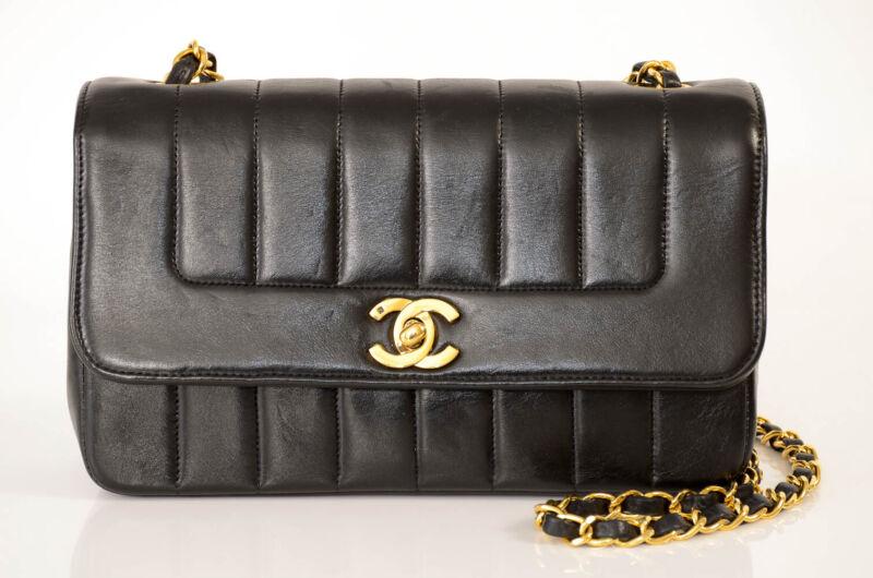 Chanel black quilted leather signature CC logo shoulder handbag purse NEW $4350