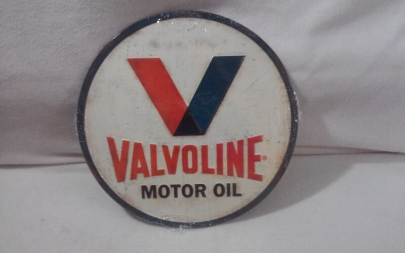 Valvoline Embossed Tin Sign - Retro Gas Oil Garage Man Cave Vintage Style