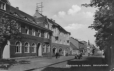 Schönlanke a. Ostbahn. Bahnhofstrasse Hotel, Auto Postkarte 1932