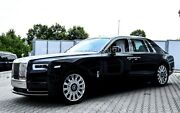 Rolls-Royce Phantom VIII 2018 BLACK/WHITE BESPOKE STARLIGHT