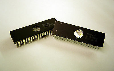 Lot Of 2 D8742 Intel 8-bit Microcontroller-microcomputer 2k Eprom Cerdip 1982