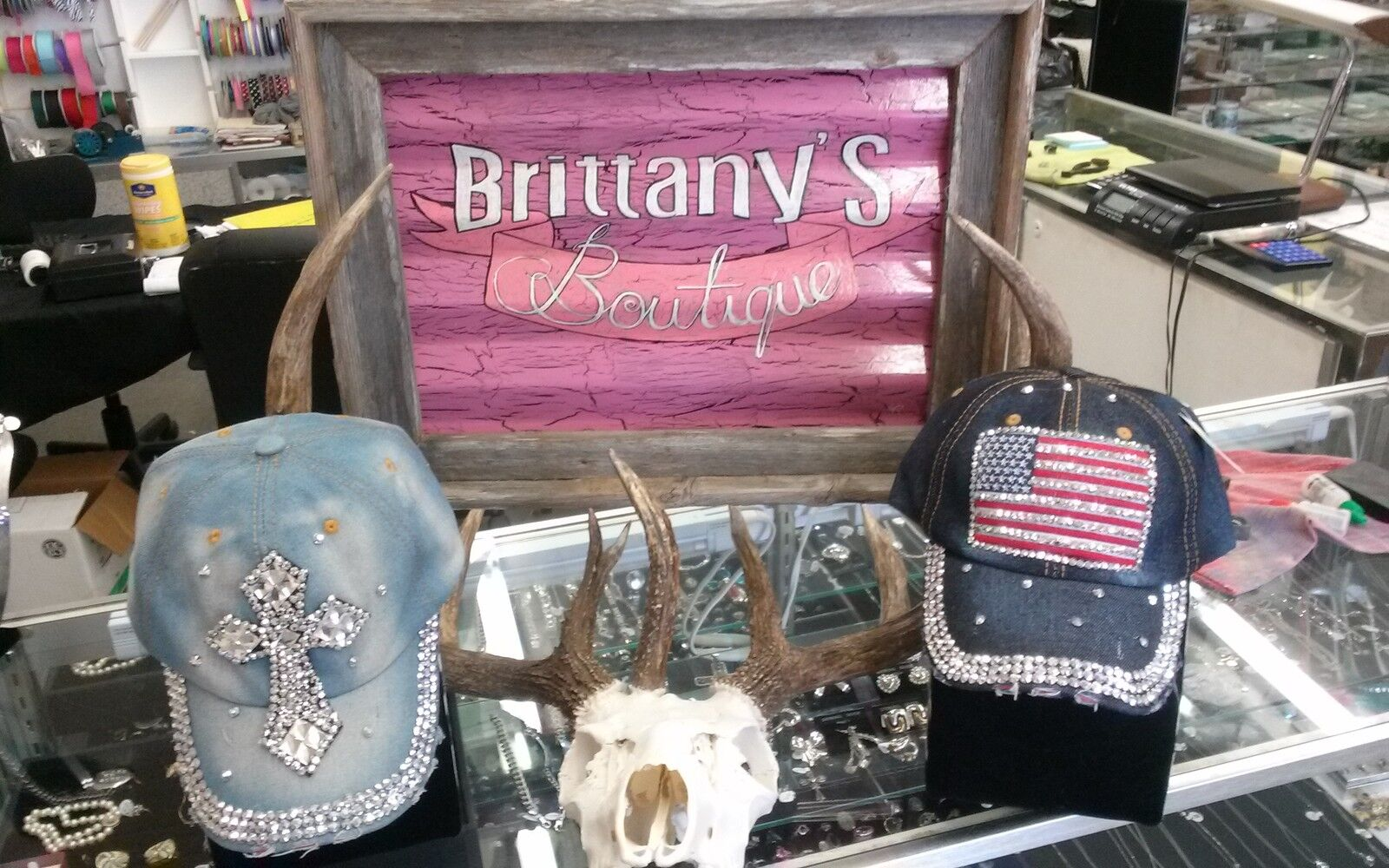 Brittanys Boutique-Collectibles