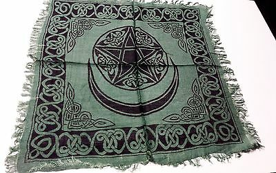 "PENTACLE WITH MOON ALTAR CLOTH GREEN- 18""X 18"""