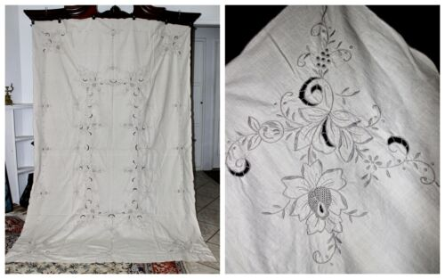 "Vintage MADEIRA Style Hand Embroidered Irish Linen Banquet Tablecloth 100""x68"""