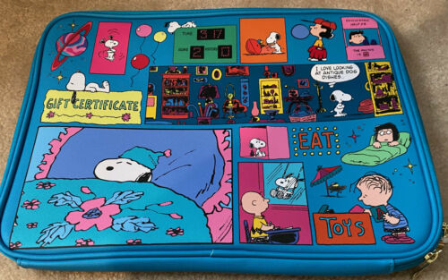 SNOOPY ZIPPERED COMPUTER CASE