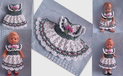Kleidchen   für Püppchen 9-10 cm