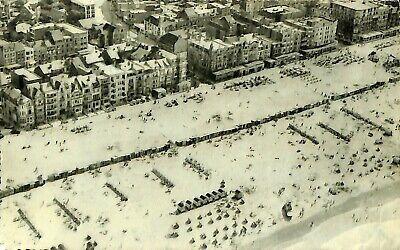 CPA - Belgique -  De Panne - La Panne - Vue aérienne de la Digue et la plage
